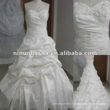 Stunning Embroidery Real Sample Wedding Dress
