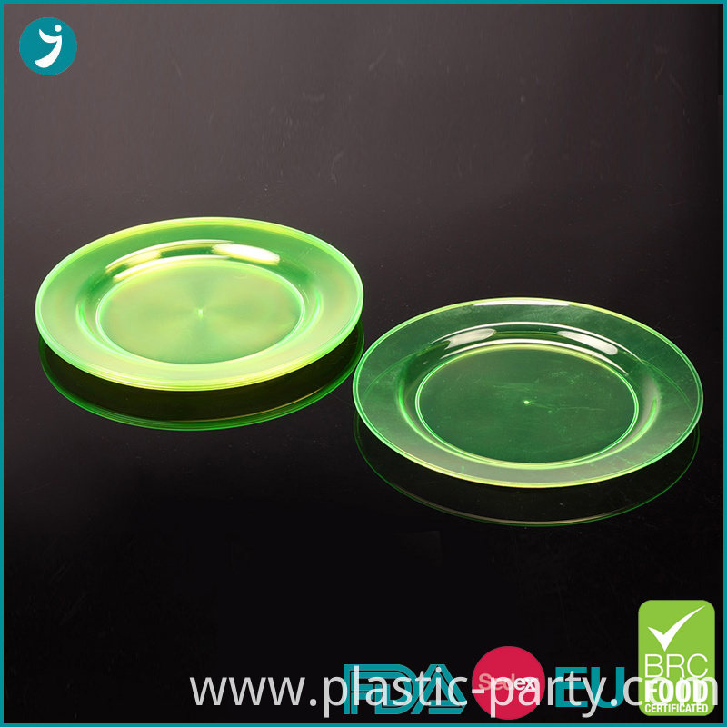 Round Plastic Plates Party