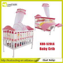 China-Hersteller NEUER Entwurfs-Rosa bewegliche Babykrippe eingestellt
