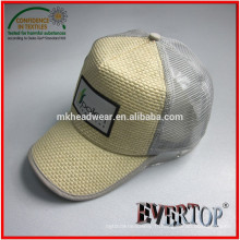 Capuchon de camion de paille de nouvelle arrivée en 2015, chapeau en paille avec patch étiqueté tissé