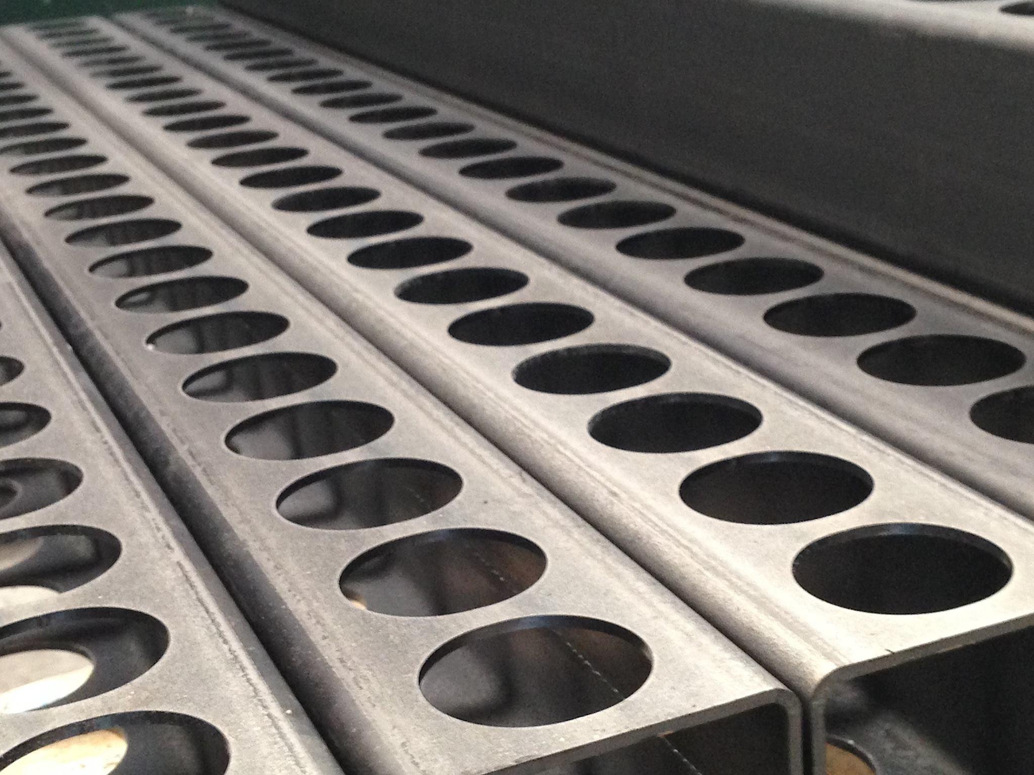 steel tube laser cutter