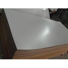 Tablero de MDF con revestimiento de melamina blanco / gris de 5 mm