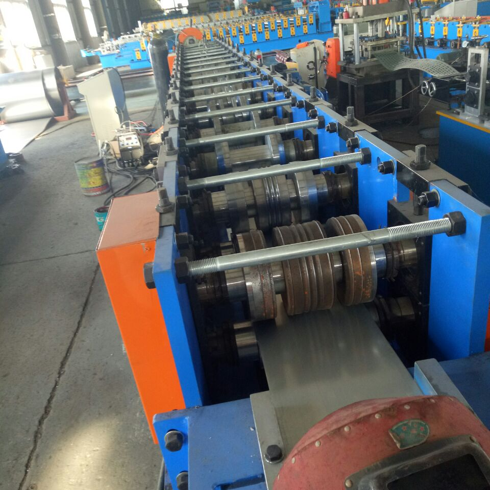 Downpipes roll forming line )