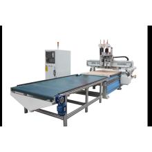 Chargement et déchargement automatiques de la machine à bois CNC