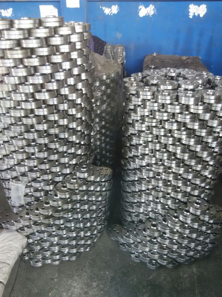 SOCKET WELDING CARBON STEEL PIPE FLANGES