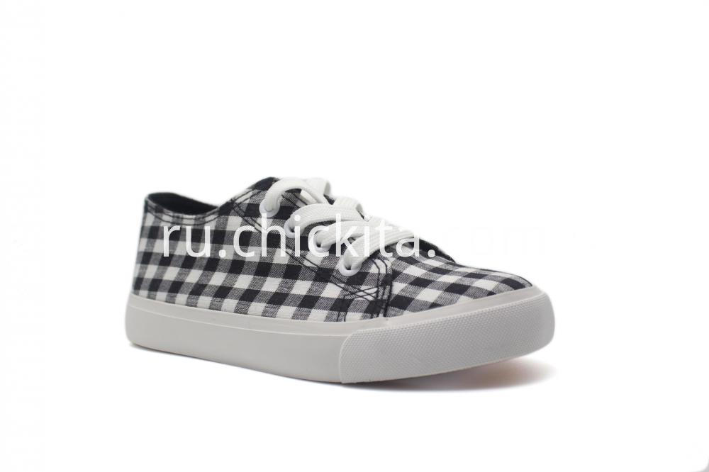 Plaid Slip-on Sneaker On White Sole Shoes