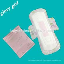 Serviette hygiénique colorée de parfum de fruit de Duluxe pour l'usage femelle