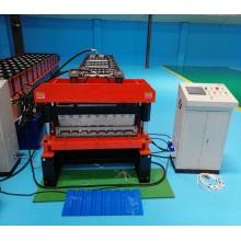 Máquina formadora de rolos para painel automático