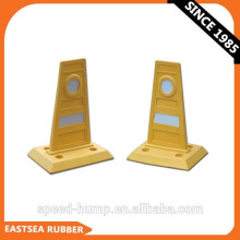 Manufactures in China Yellow Flexible PU Plastic Traffic Lane Divider