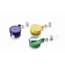 Plastic extensible clip