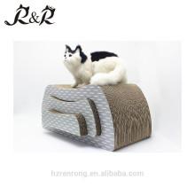 Le chat de vente chaude de nouveau style de 2018 joue le grattoir de carton ondulé de carton avec des cadeaux CT-4017