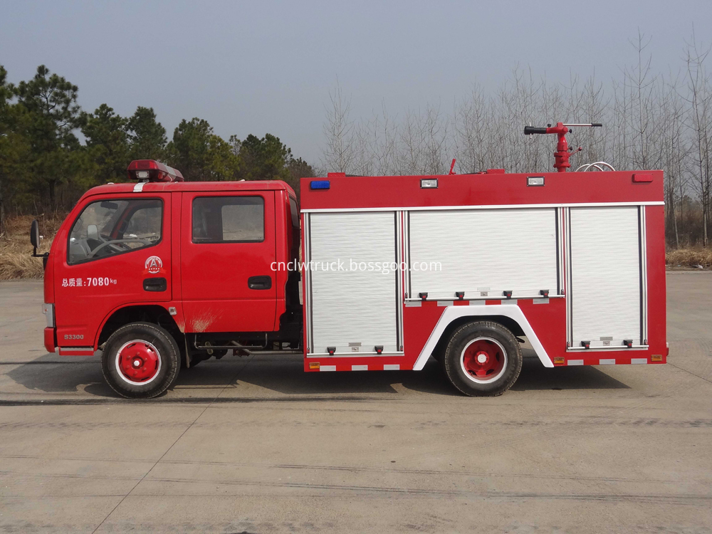 china new 3000l fire truck 1