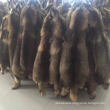Factory price wholesale top quality large natural dyed animal pelt raccoon fur skin