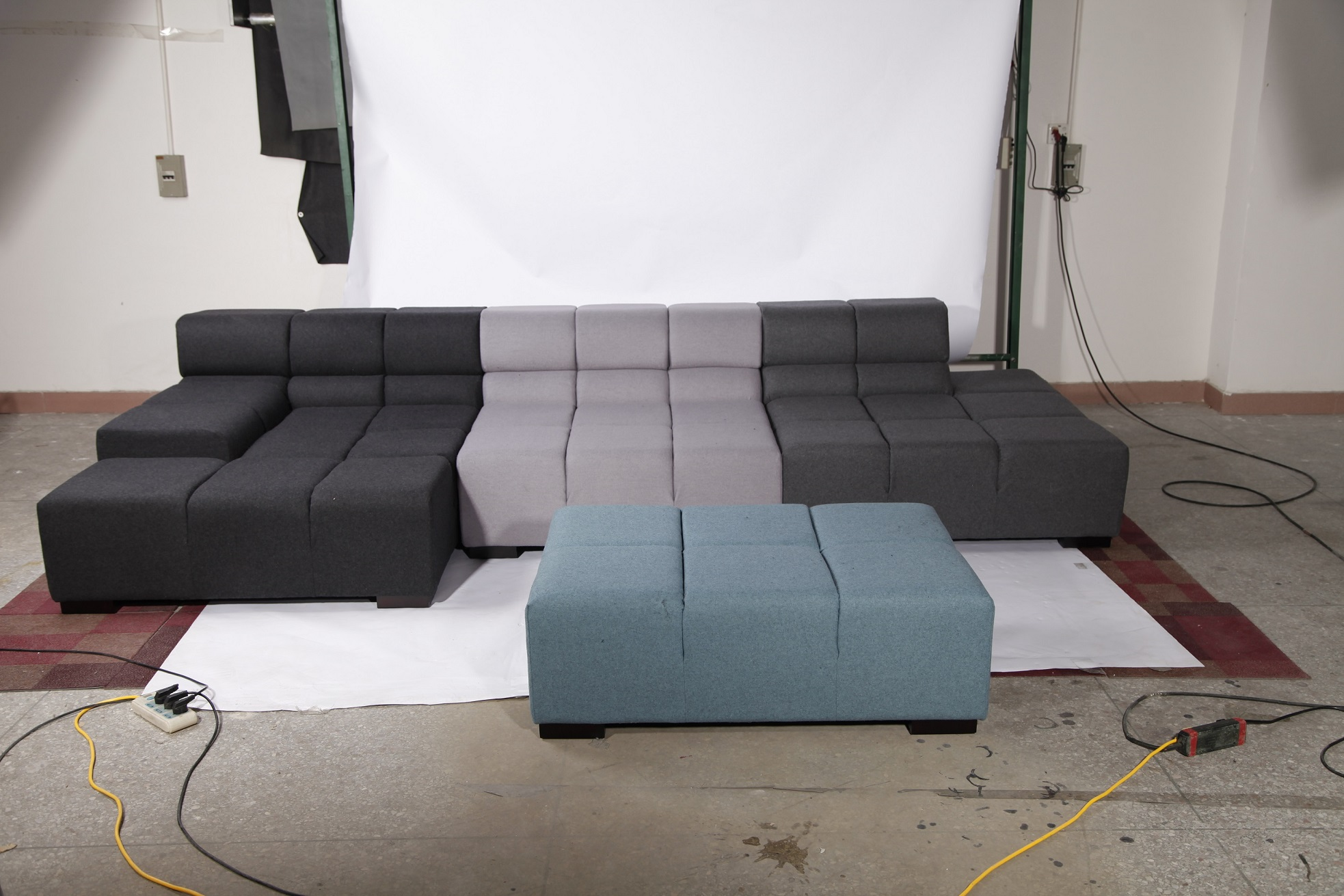Tufty time sofa replica