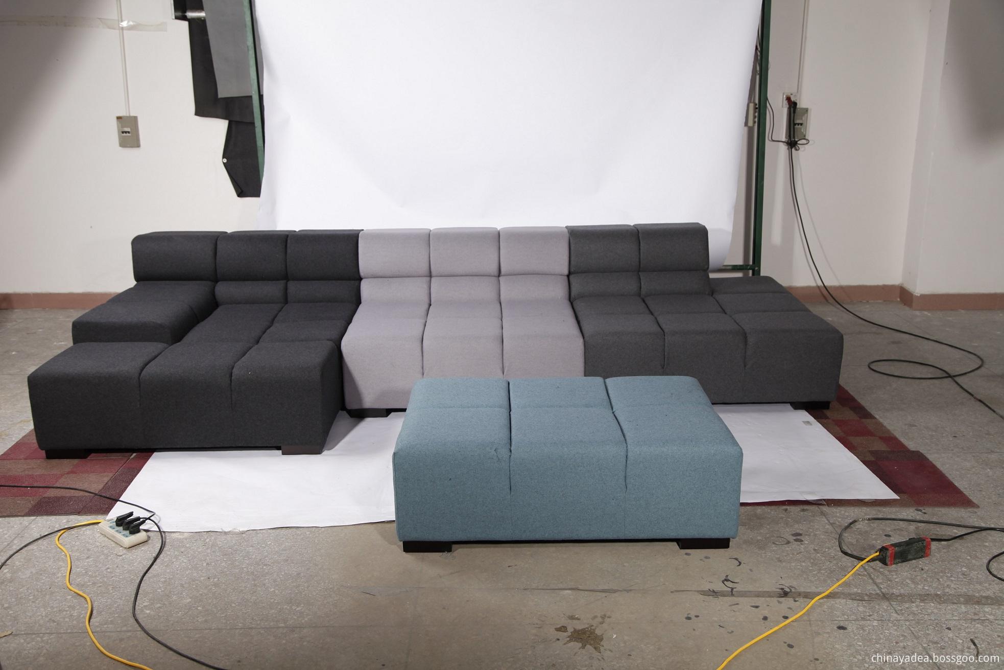 Tufty time sofa replica