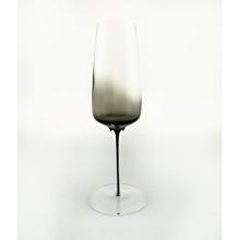 Copa de champán de color gris ahumado