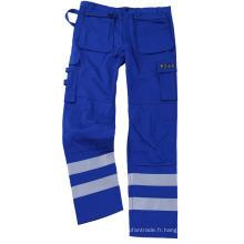 Pantalon ignifuge bleu avec du ruban d'argent