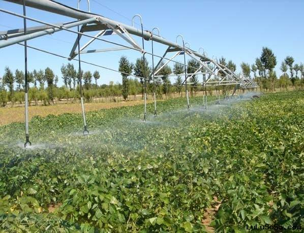 automatic center pivot irrigation systems for agriculture