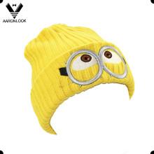 Зимняя симпатичная детская шапка с вышивкой из мультфильма