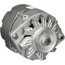 Couvercle d'alternateur et boîtier de cloche en aluminium