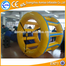 Divertidos juegos de agua inflables rueda de agua, rodillo de agua, inflable rodillo orbe / bola