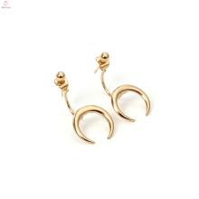 Stud Charm Earring Copper Chapado en oro Moon Horn Earrings