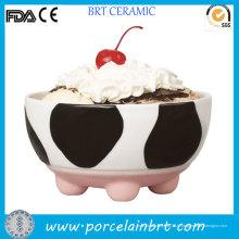 Bol de crème glacée drôle de conception de vache drôle pour des enfants