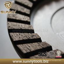 China Glattes fertiges Diamant-konkretes reibendes Schalen-Rad
