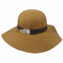 Fashion Camel Color Wool Felt Hat with GG Ribbon Band and Feather Trim
