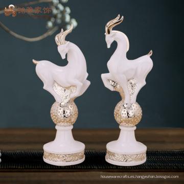 Artículos de decoración para el hogar escultura de antílopes de resina de precio al por mayor para regalos de Navidad