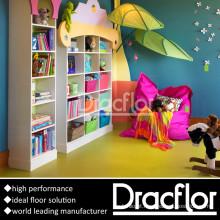 Pisos de PVC homogêneos e coloridos para crianças