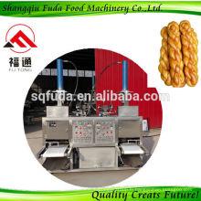 Machine à brins de pâte frites Equipement de fabrication d'churro industriel