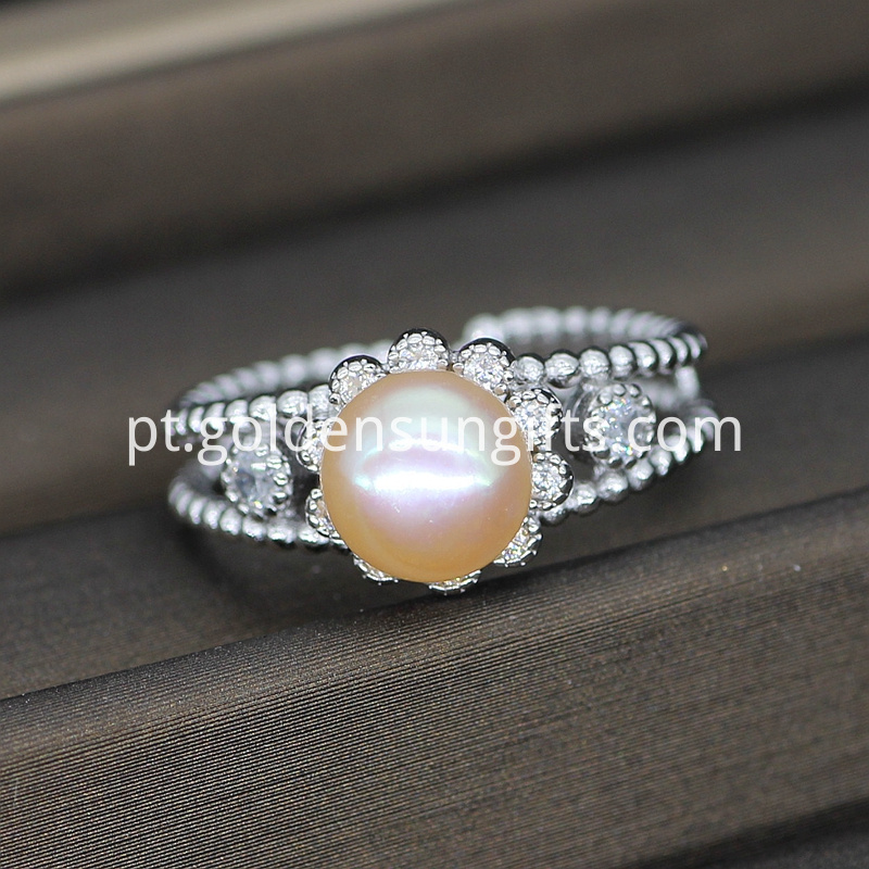 Fashion Pearl Rings