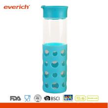 Atacado 550ml Borosilicato garrafa de vidro azul com nova luva de silicone