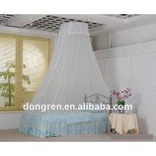 Belle moustiquaire à canopée ronde