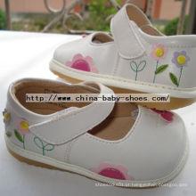 Pequena Flor Borboleta Baby Girl Shoes D123