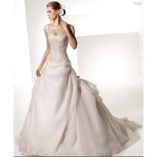 Ball Gown Sweetheart Straps Chapel Train Taffeta Organza Bowknot Ruffled Wedding Dress