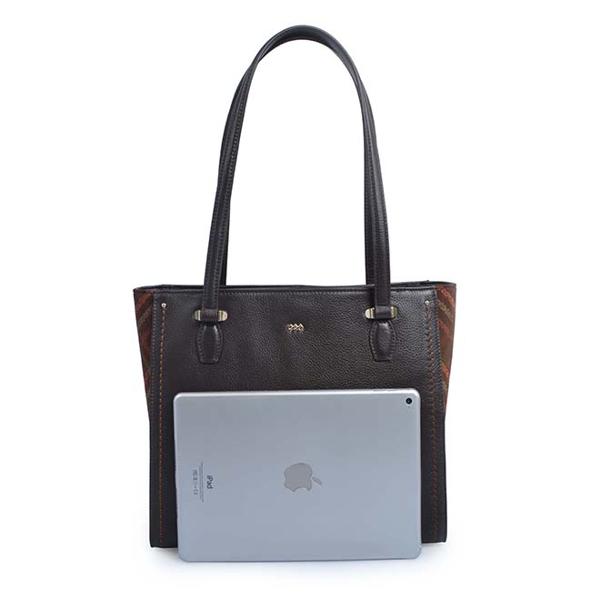 Leather Magnetic Purse Closure Shoulder Bag