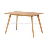 2016 Oak veneer Dining table with oak leg