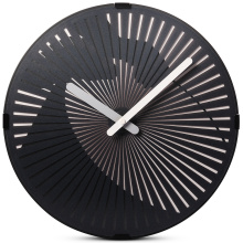 Motion Wall Clock- Golpeando el tambor