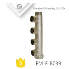 EM-F-B039 Tubo múltiple de rosca macho, 4 vías, latón niquelado