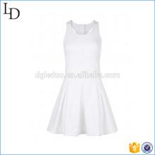 Robe de sport femme en coton respirant blanc d'été