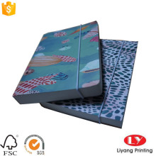 Impresión de cuaderno de papel escolar con elástico