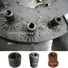 Внутренние резьбовые шпильки с керамическими наконечниками для дуговой сварки дугой