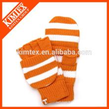Gant acrylique tricoté en crochet