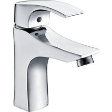China Bathroom Chrome Plated Mixer Faucet (2151)