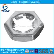 Em estoque China Supplier Best Price DIN7967 Aço inoxidável Porcas apertadas
