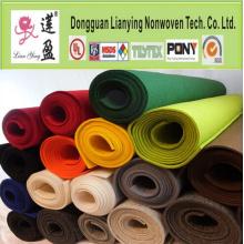 Tissu en feutre en polyester coloré Feuilleté en polyester