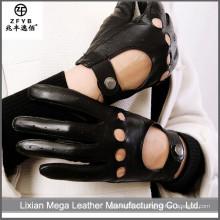 2016 nuevo diseño de conducción guantes de cuero con patrón perforado