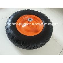 O diamante grande da roda pneumática para o carrinho de mão tem a borda do ferro
